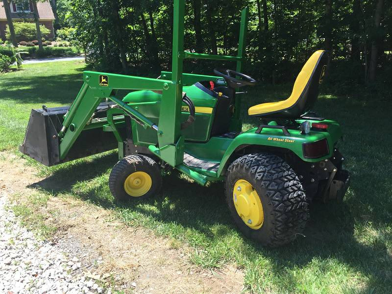 Looking for Husqvarna lawn tractor / riding lawnmower