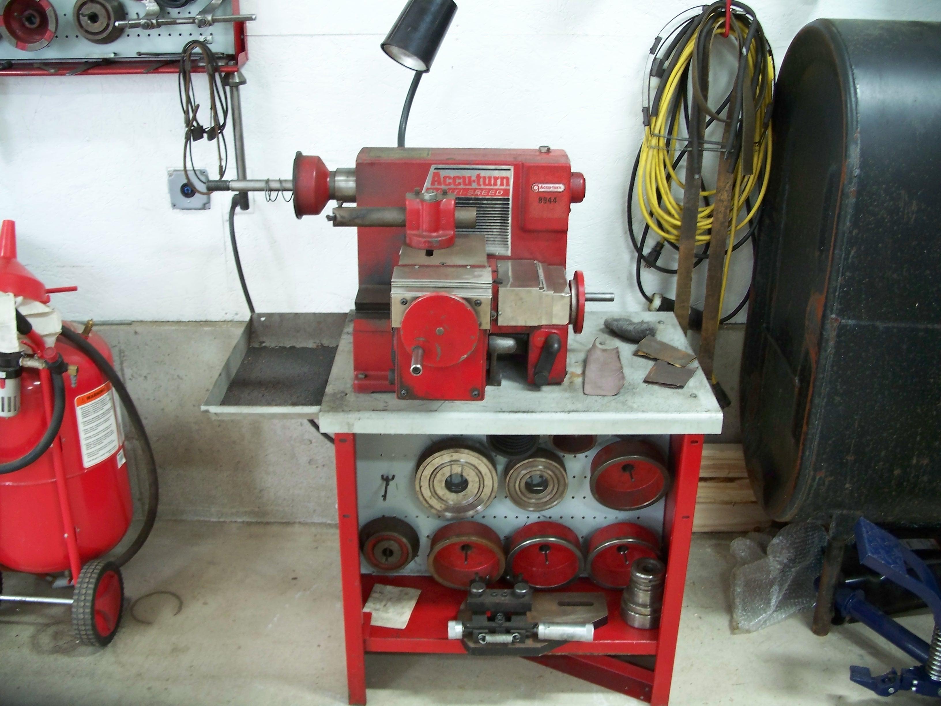 Brake Lathe Accu Turn Model 8944