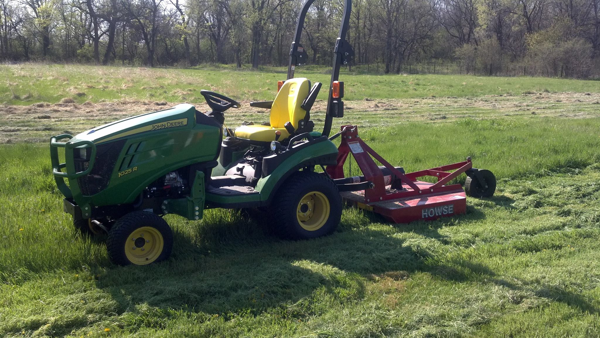 Click image for larger version.  Name:1025 rotarycutter.jpg Views:66 Size:501.7 KB ID:37715
