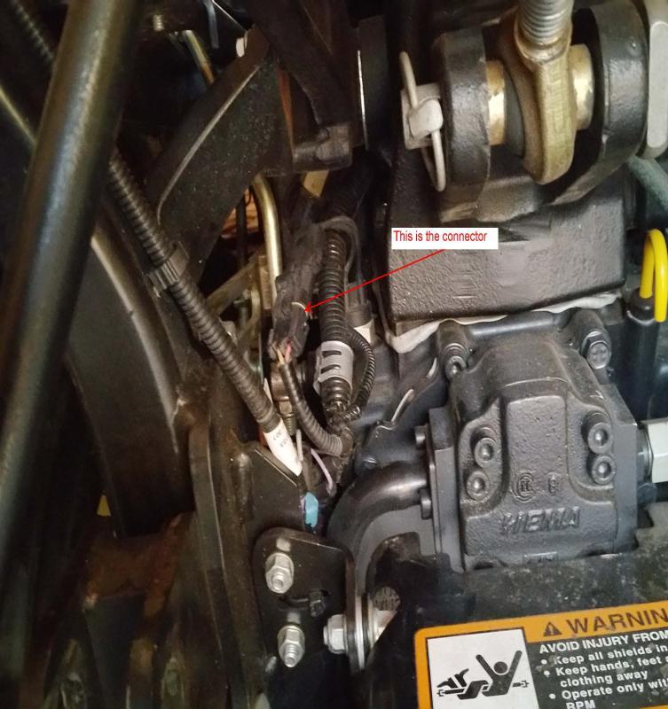 1025R MBR Switch Plug_1.jpg