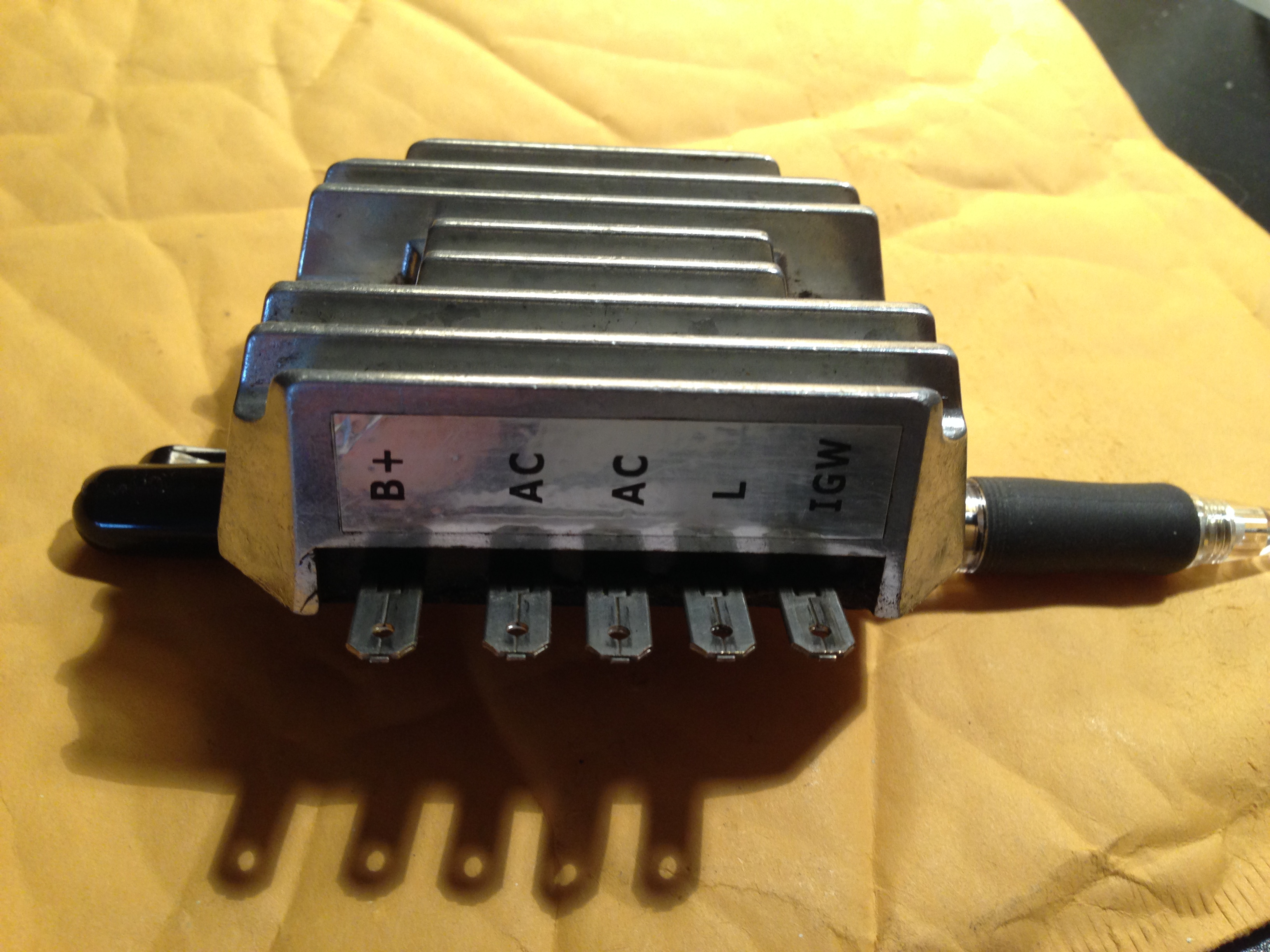 322 Voltage Regulator High Output