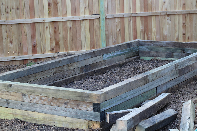 Click image for larger version.  Name:4x4_Raised_Bed.JPG Views:14 Size:160.1 KB ID:600698