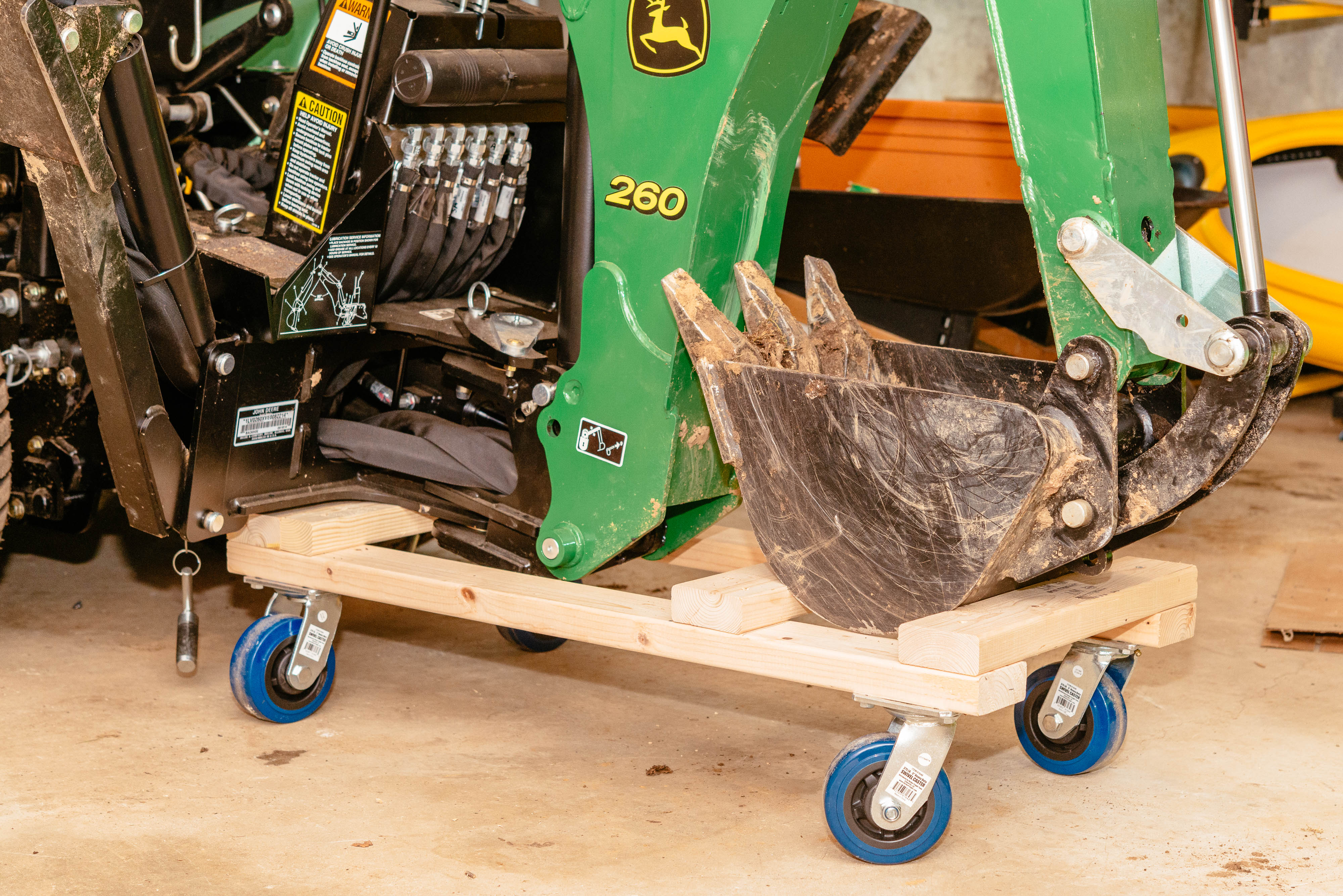 Click image for larger version.  Name:backhoe-dolly-6.jpg Views:125 Size:1.47 MB ID:48167