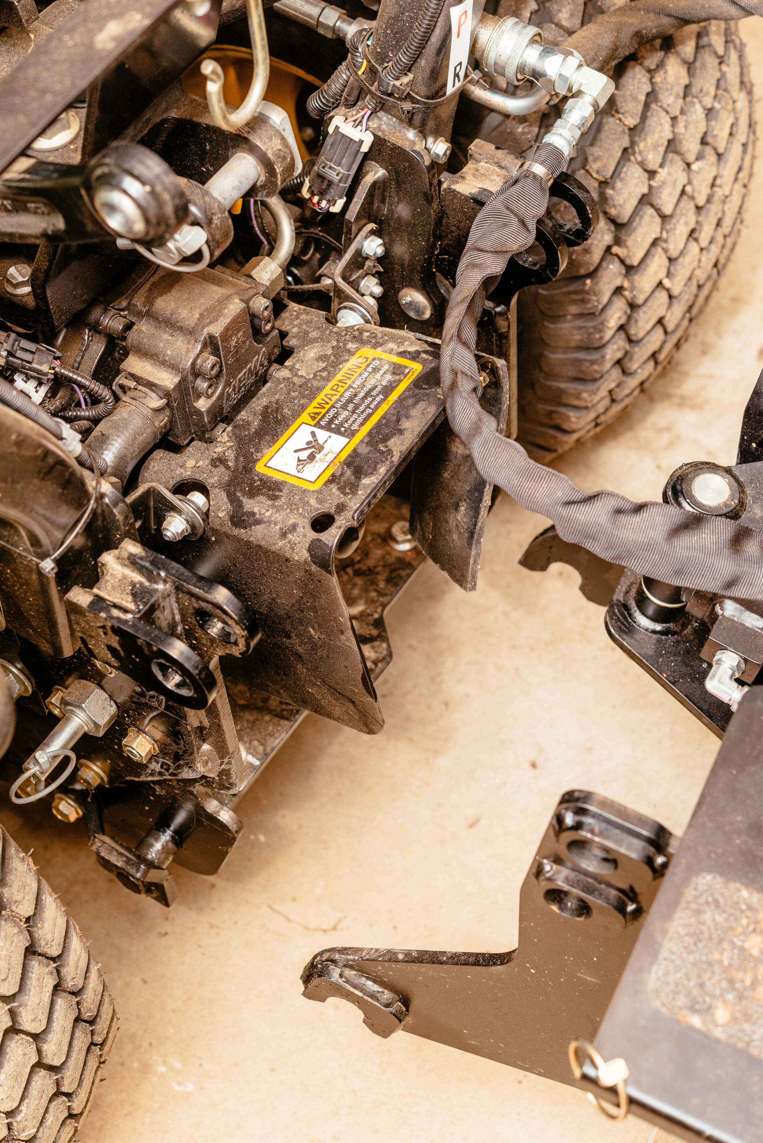 Click image for larger version.  Name:backhoe-dolly-9.jpg Views:93 Size:1.64 MB ID:48170