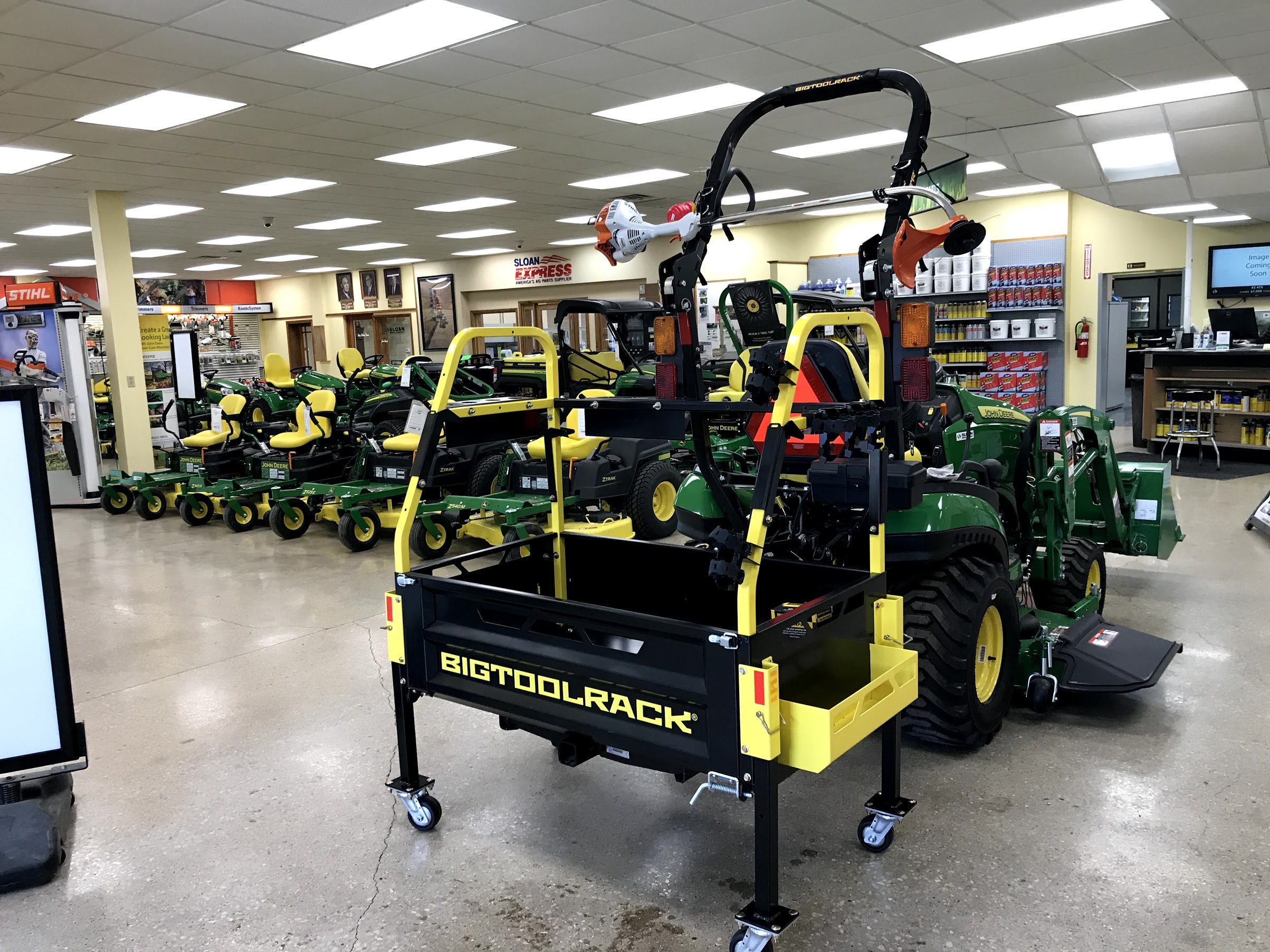 Click image for larger version.  Name:Bigtoolrack on a John Deere 1025R at Sloans Equipment.jpg Views:0 Size:884.8 KB ID:676594