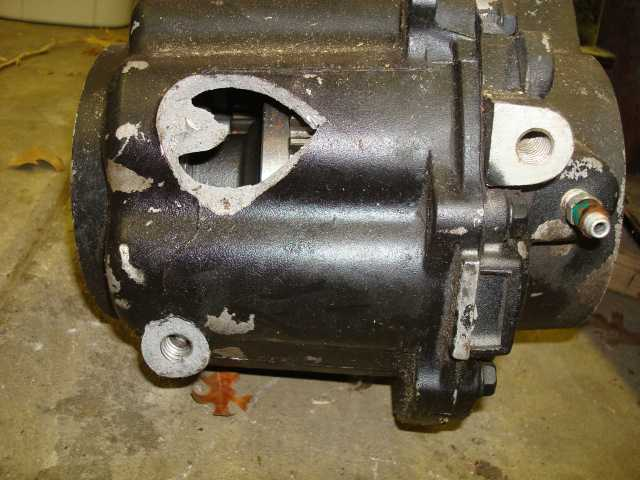 Click image for larger version.  Name:broken differential housing.jpg Views:2 Size:56.5 KB ID:652878