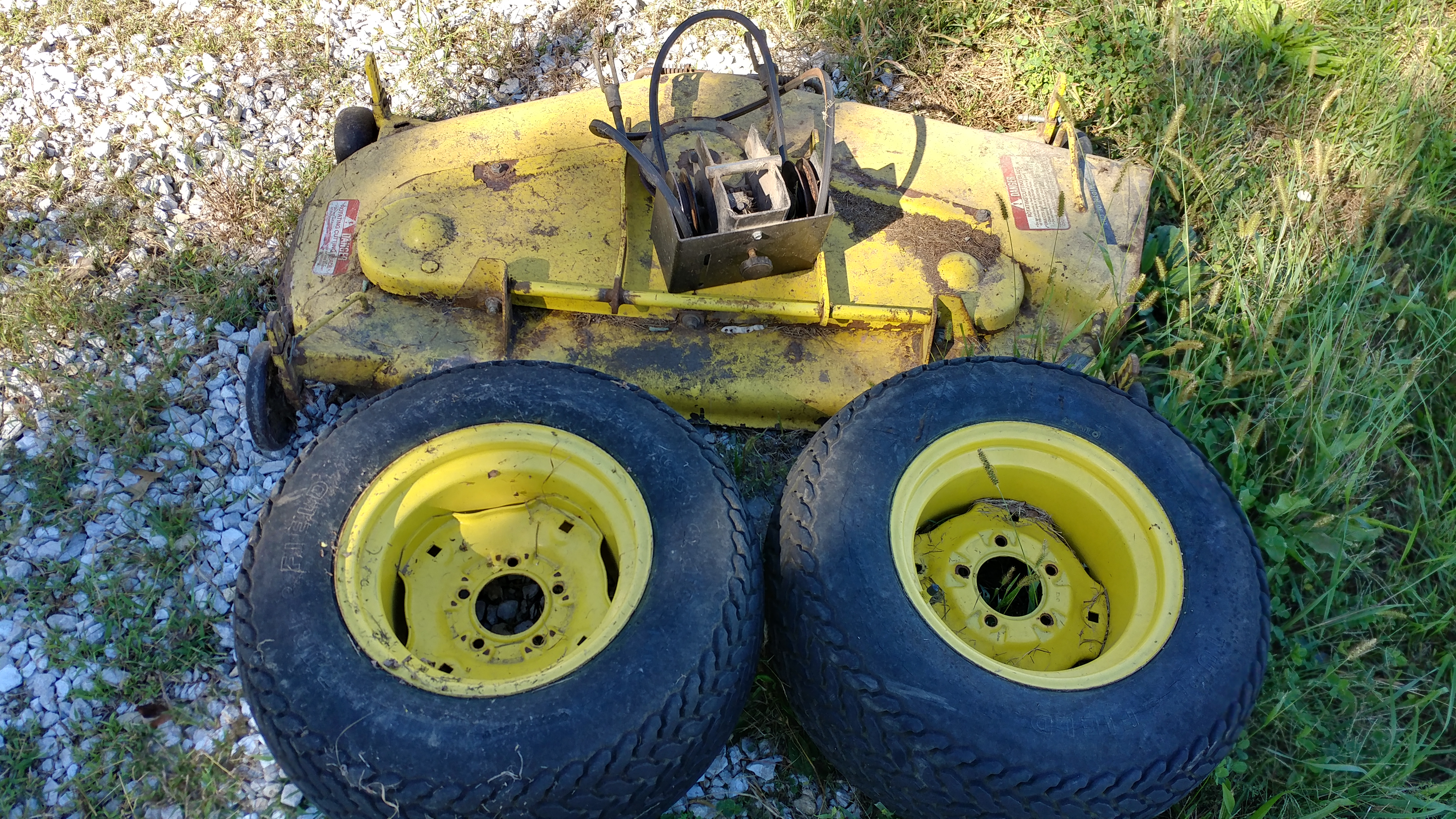 Click image for larger version.  Name:DECK TIRES1.jpg Views:5 Size:6.28 MB ID:655638