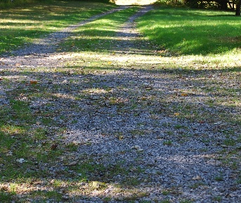 Click image for larger version.  Name:Driveway1.jpg Views:111 Size:76.0 KB ID:69674