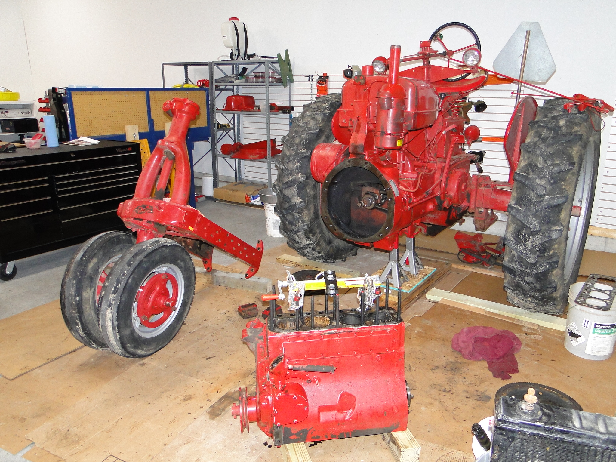 Farmall A Engine : Farmall a engine tractor and wiring diagram