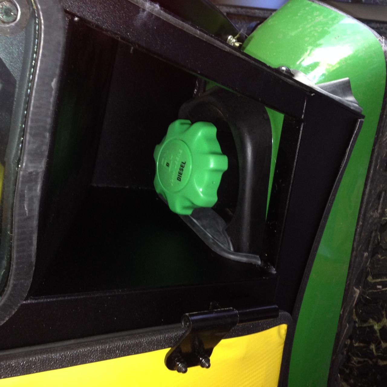 Fuel Filler cap.JPG