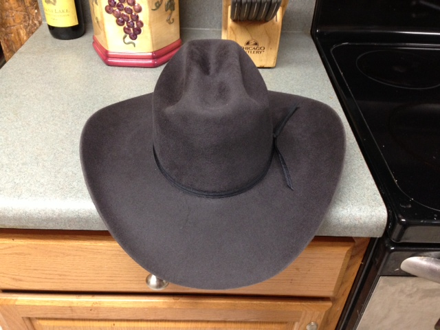 Click image for larger version.  Name:hat13.jpg Views:33 Size:113.9 KB ID:26362
