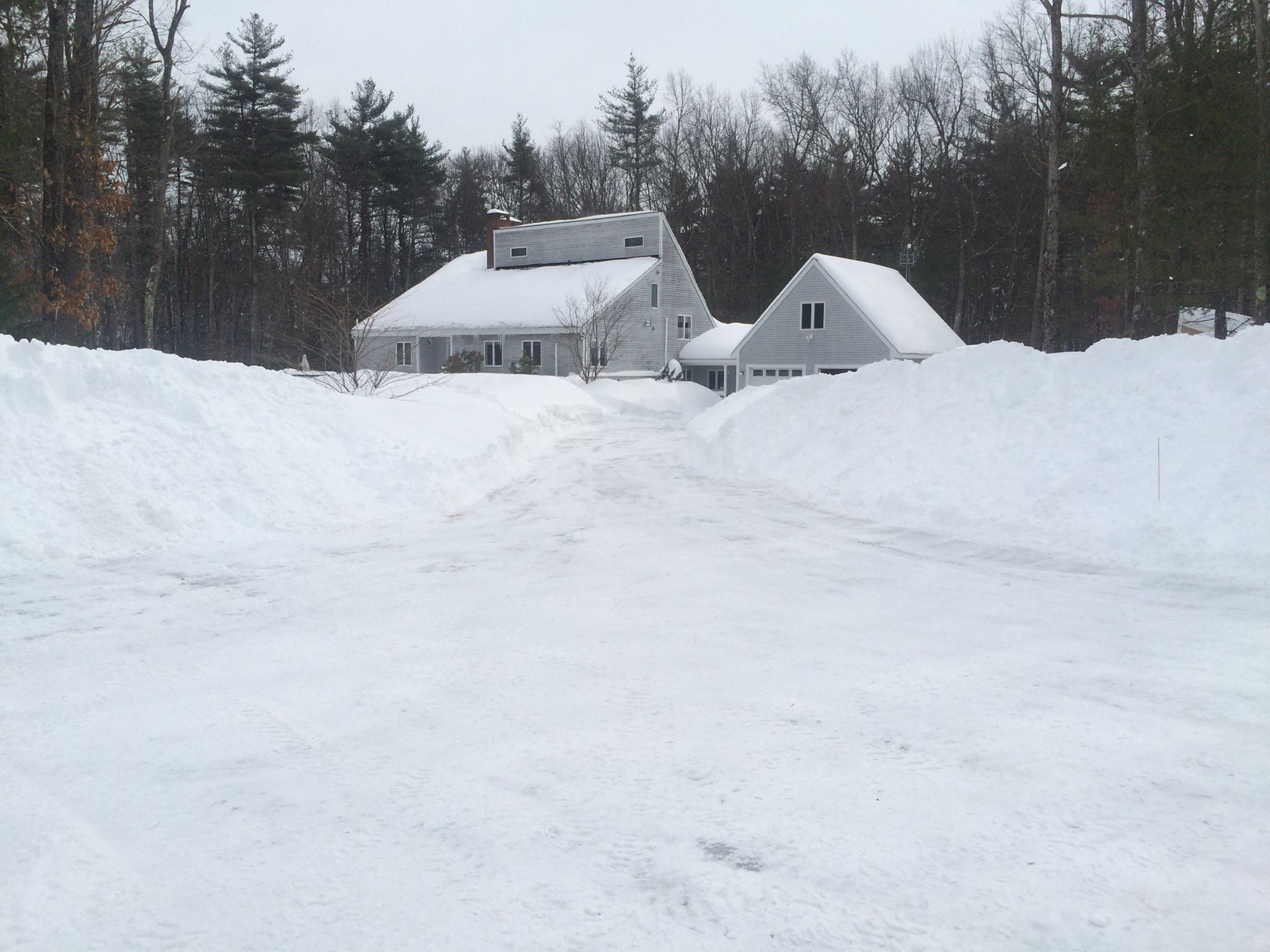 Click image for larger version.  Name:house_winter.jpg Views:86 Size:328.2 KB ID:40307