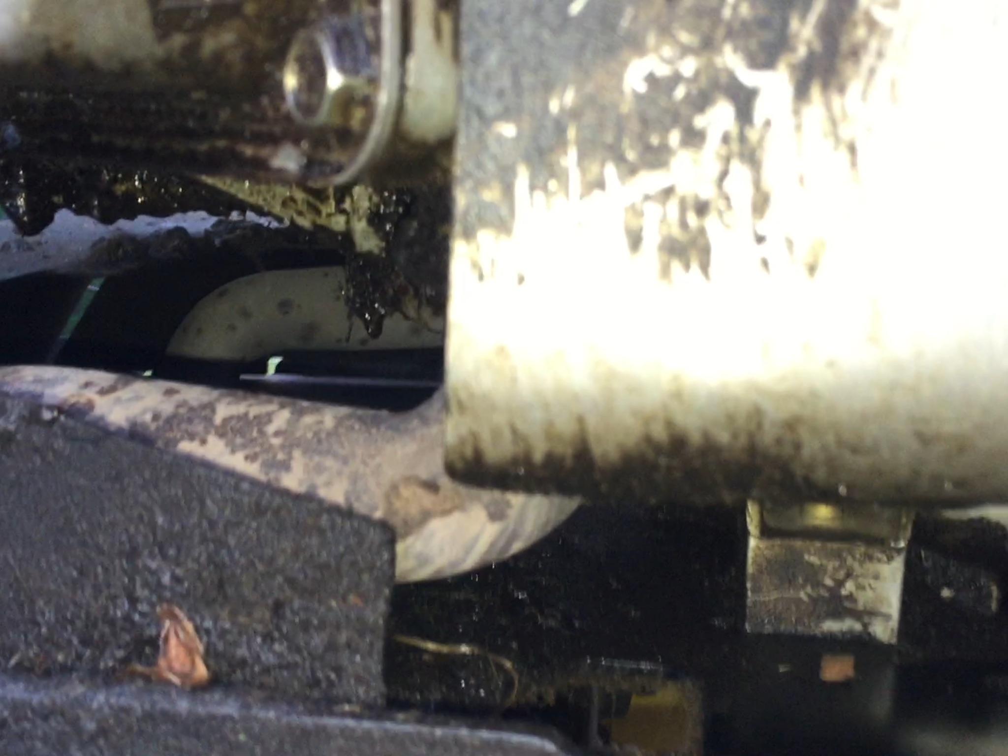L120 Oil Leak Only when running?