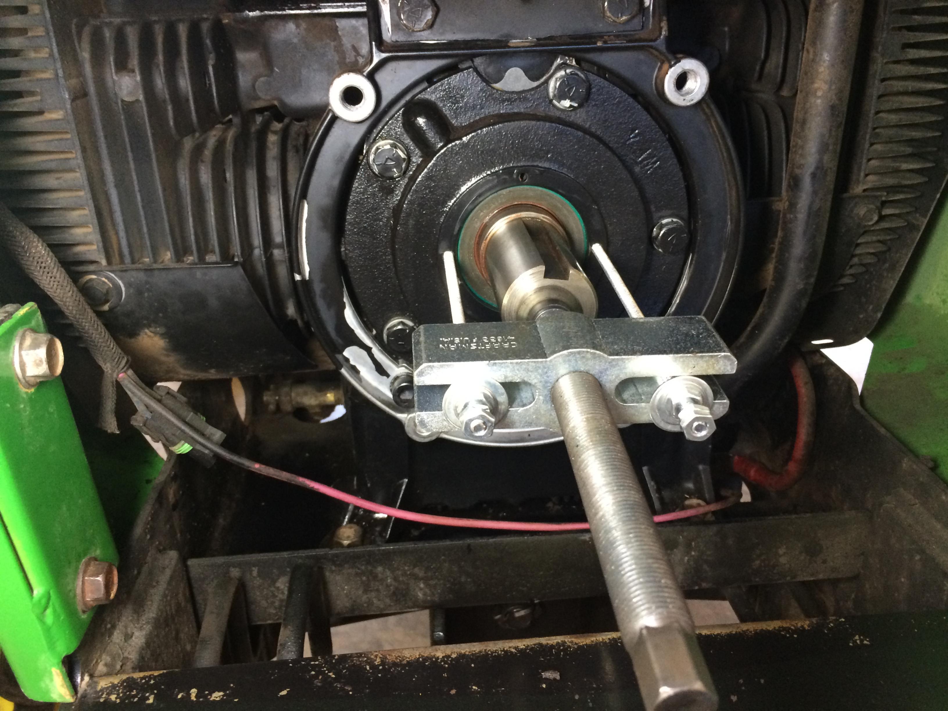 318 P218g Oil Leak At Front Crankshaft Page 2