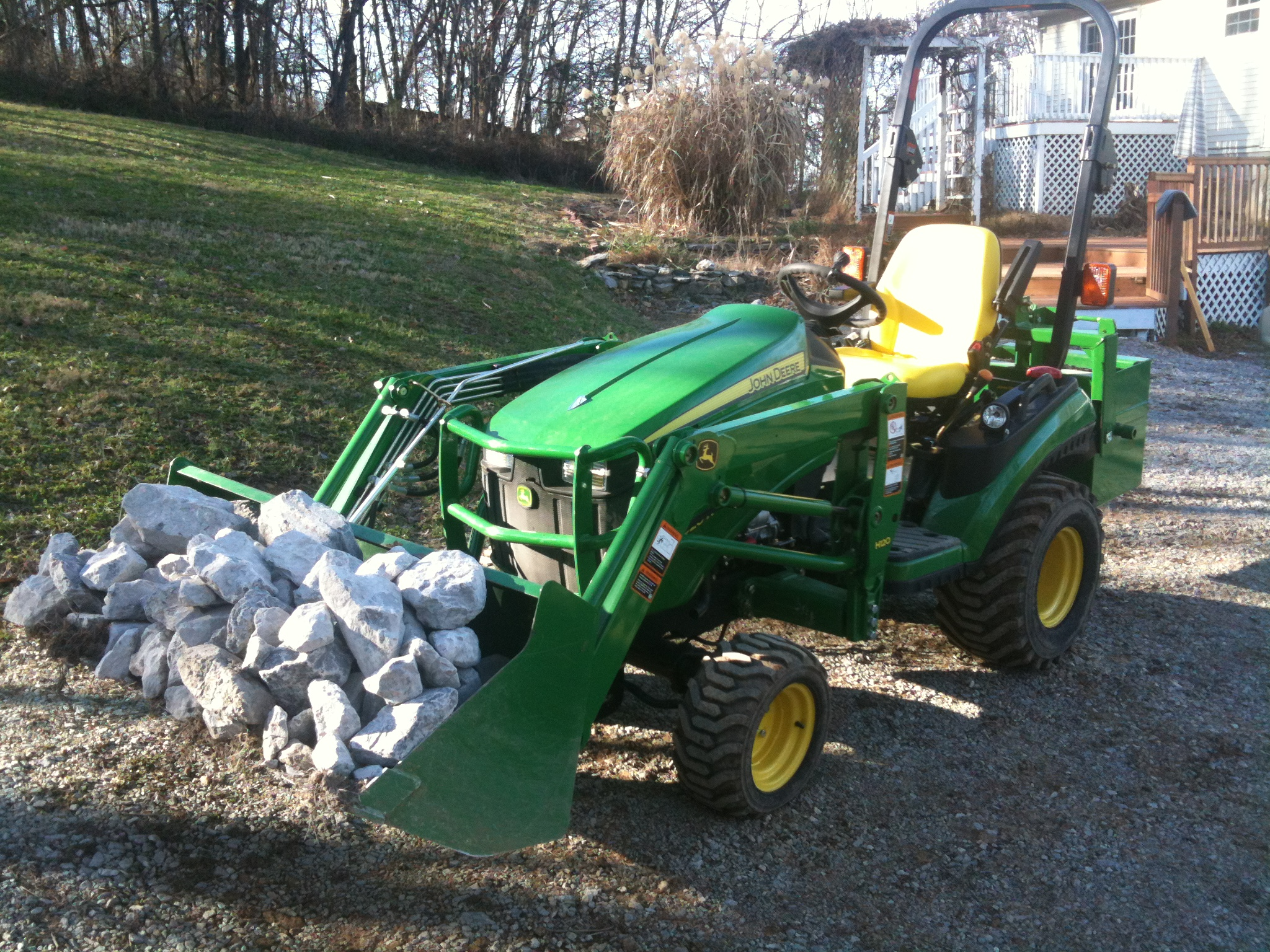 What size of loader bucket to get on a 1026R ?? - Page 2