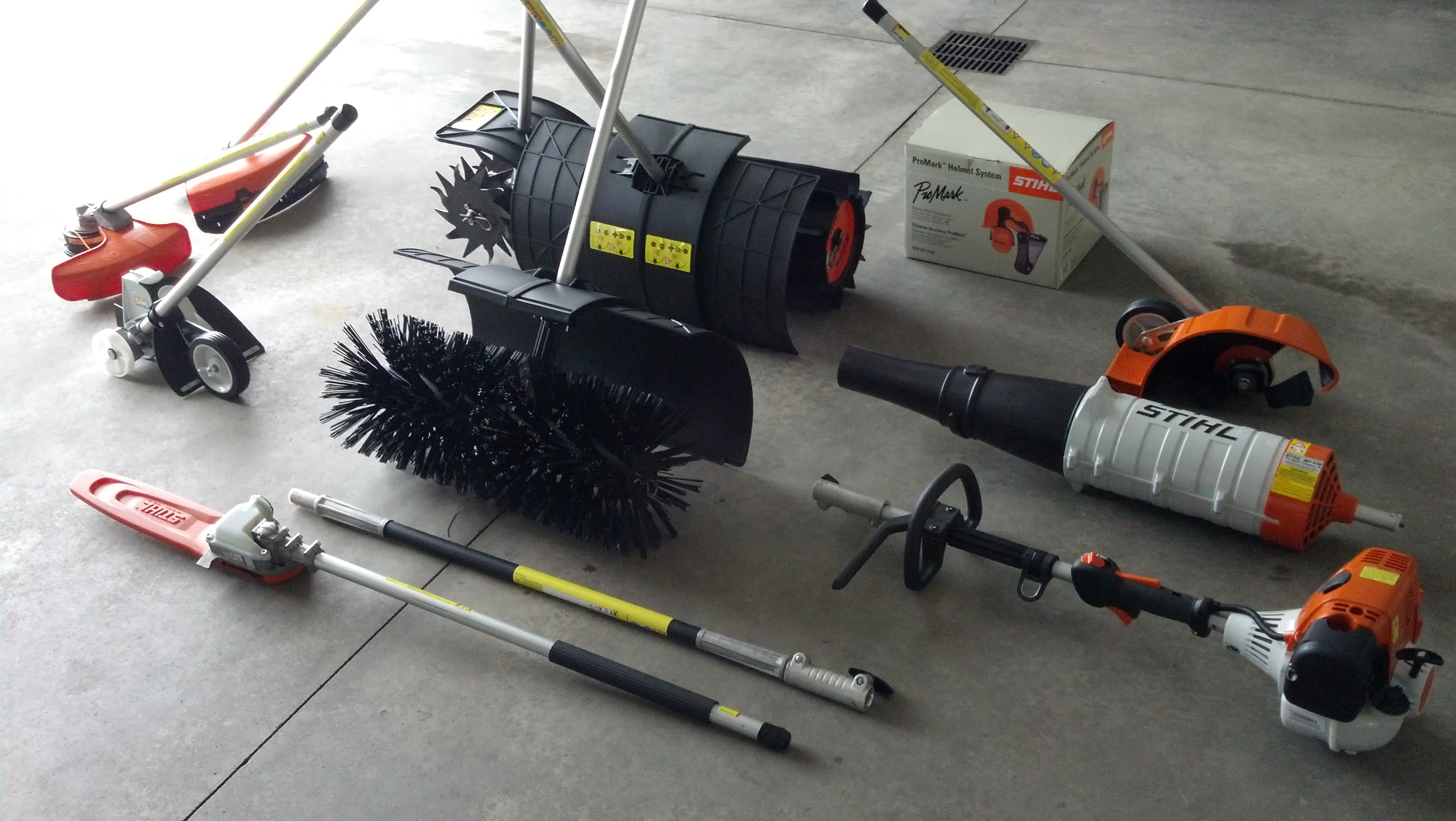 Stihl KM 130 R KombiSystem And Yard Boss Attachments