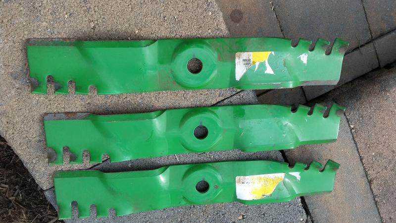 JD 345 Mulch blades.jpg