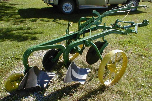 John-Deere-2-bottom-trip-plow.jpg