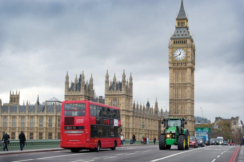 LONDON JD 7R.jpg