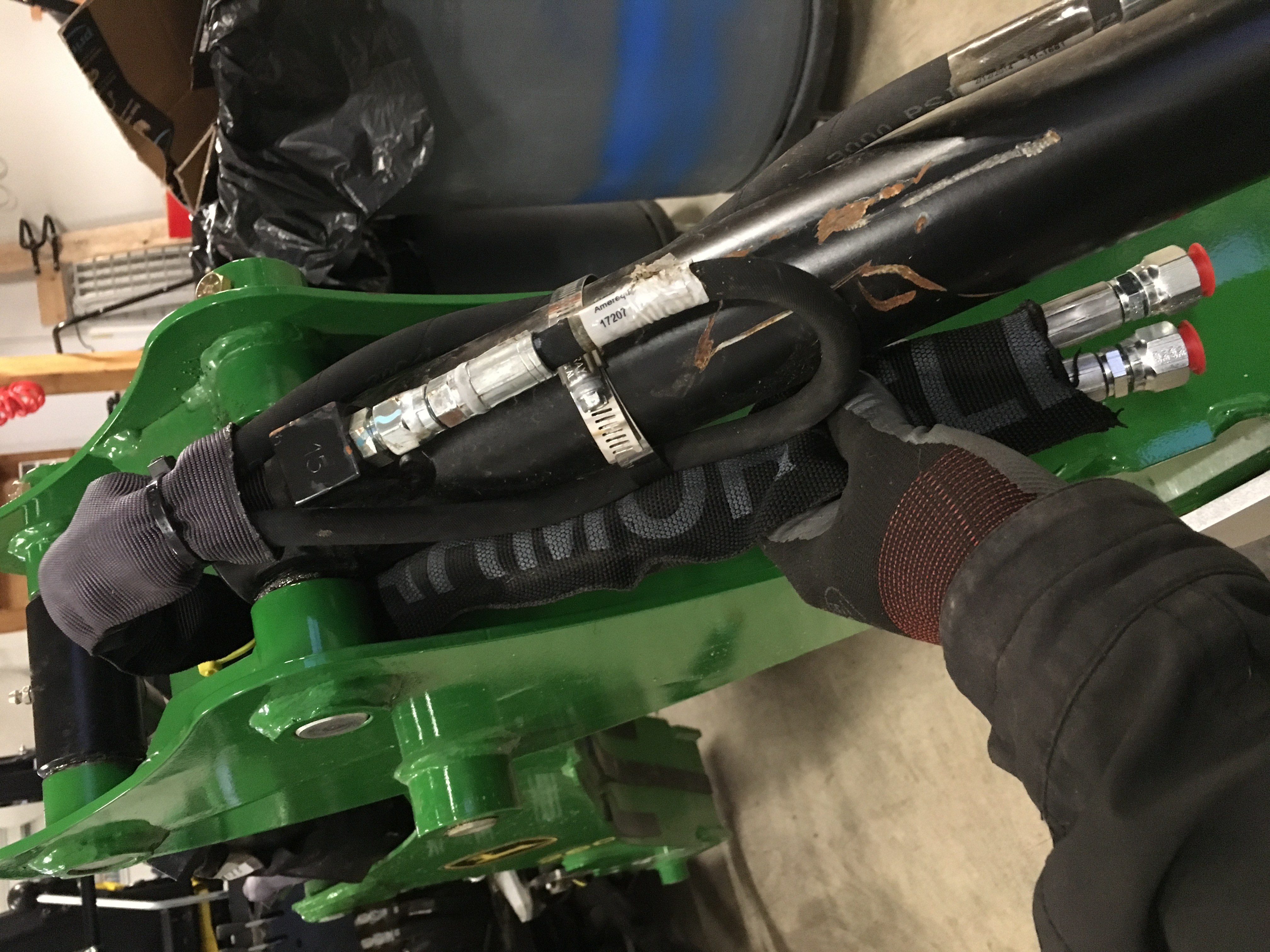 Click image for larger version.  Name:Long hose routing 4.jpg Views:15 Size:2.20 MB ID:671554