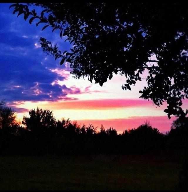 Click image for larger version.  Name:Memorial Day Sunset.jpg Views:40 Size:49.0 KB ID:46070