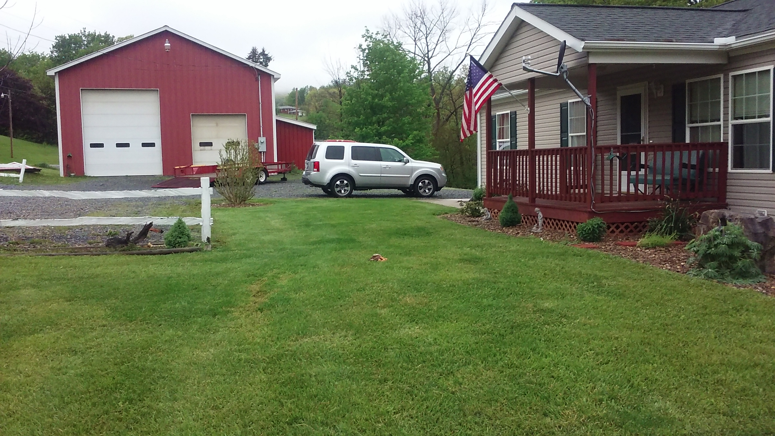 Click image for larger version.  Name:moms new honda pilot sitting athe house.jpg Views:15 Size:1.52 MB ID:366002