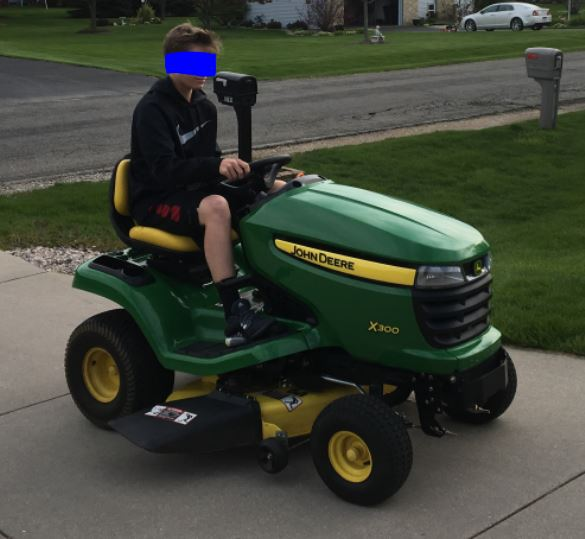Click image for larger version.  Name:Mower.JPG Views:97 Size:48.2 KB ID:365522