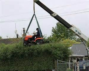 Click image for larger version.  Name:mowing the hedge.jpg Views:31 Size:13.5 KB ID:27616