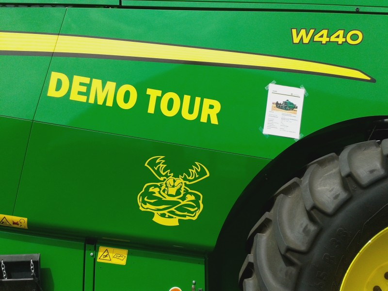 Click image for larger version.  Name:muscle-Deere.jpg Views:34 Size:92.5 KB ID:48568