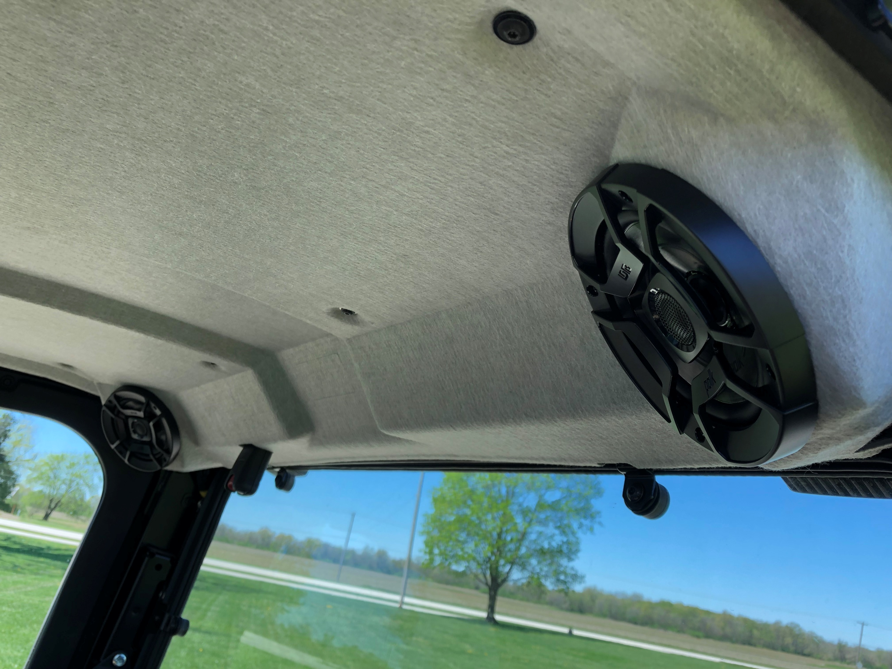rear speaker b.JPG