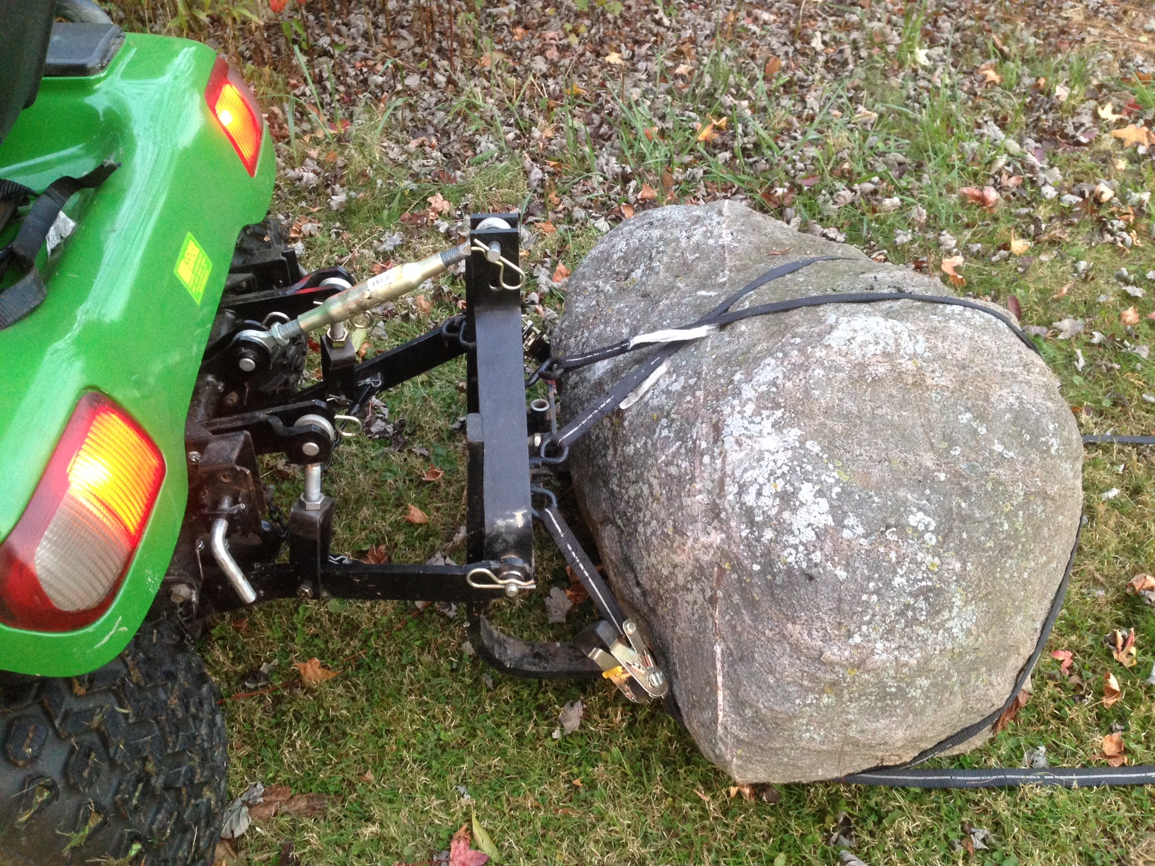 Click image for larger version.  Name:rock 1.JPG Views:34 Size:1.11 MB ID:646126