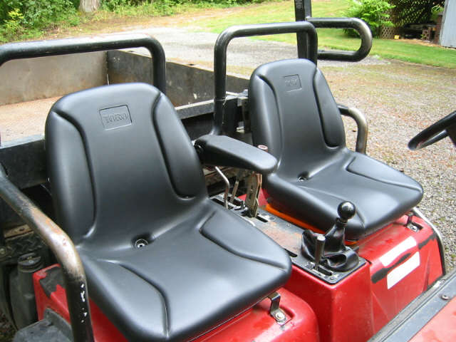 Click image for larger version.  Name:seat detail.jpg Views:4 Size:48.6 KB ID:486426