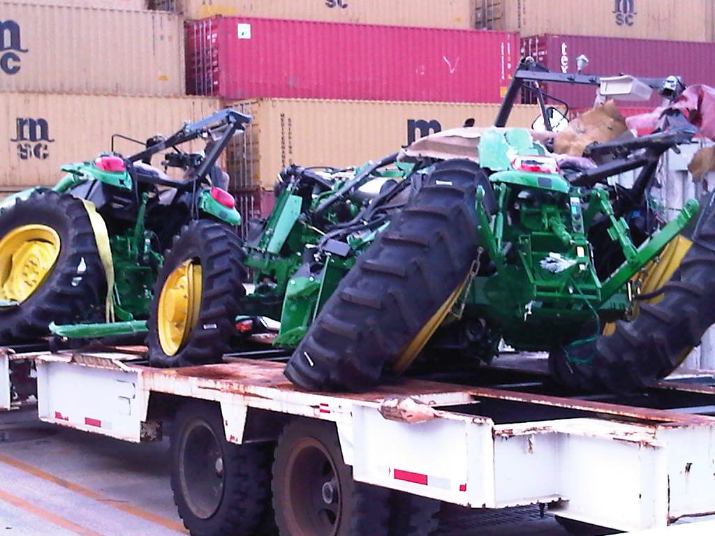 Click image for larger version.  Name:Singles11.Deere1.JPEG Views:16 Size:126.5 KB ID:5390