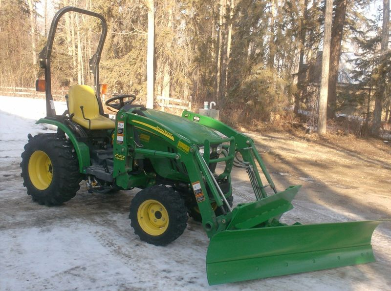 John Deere 1026r Loader Snow Plow : Snow blade on h loader