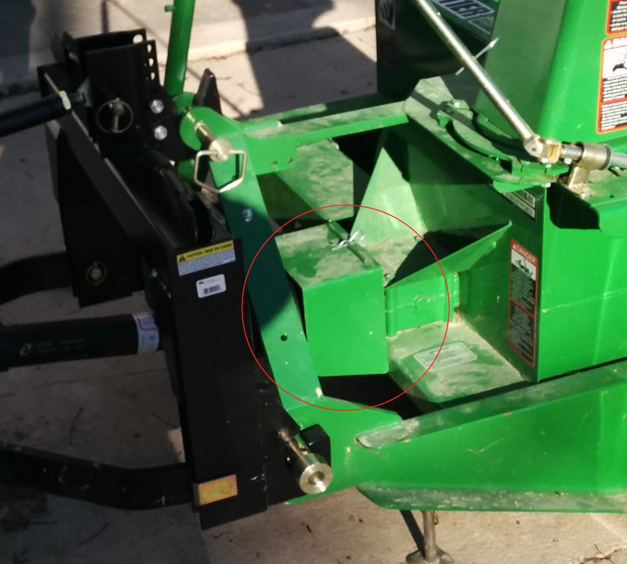 Click image for larger version.  Name:snowblower_shield.jpg Views:44 Size:288.2 KB ID:37595
