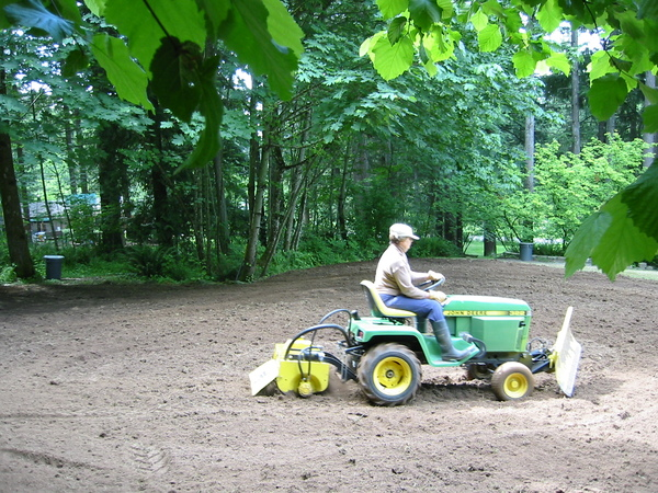 Click image for larger version.  Name:terracing and tilling the side yard.jpg Views:254 Size:213.3 KB ID:657484