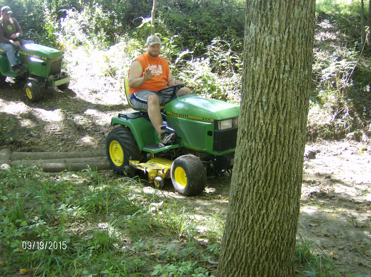 Click image for larger version.  Name:Tractor Shows 2015 033.JPG Views:28 Size:330.6 KB ID:58113