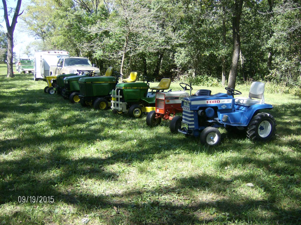 Click image for larger version.  Name:Tractor Shows 2015 041.JPG Views:30 Size:370.0 KB ID:58097