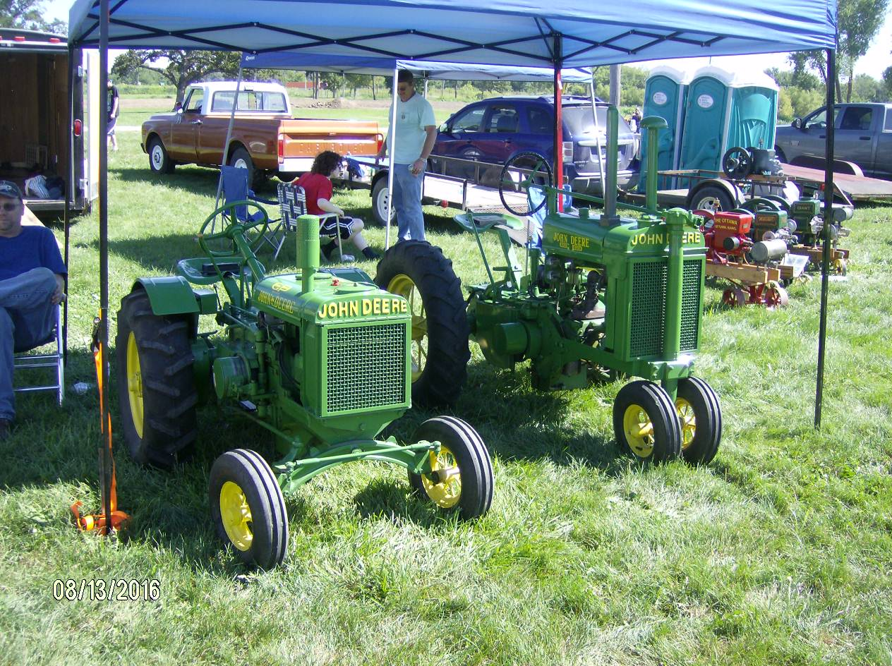 Click image for larger version.  Name:Tractor Shows 2016 003.JPG Views:15 Size:339.4 KB ID:225130