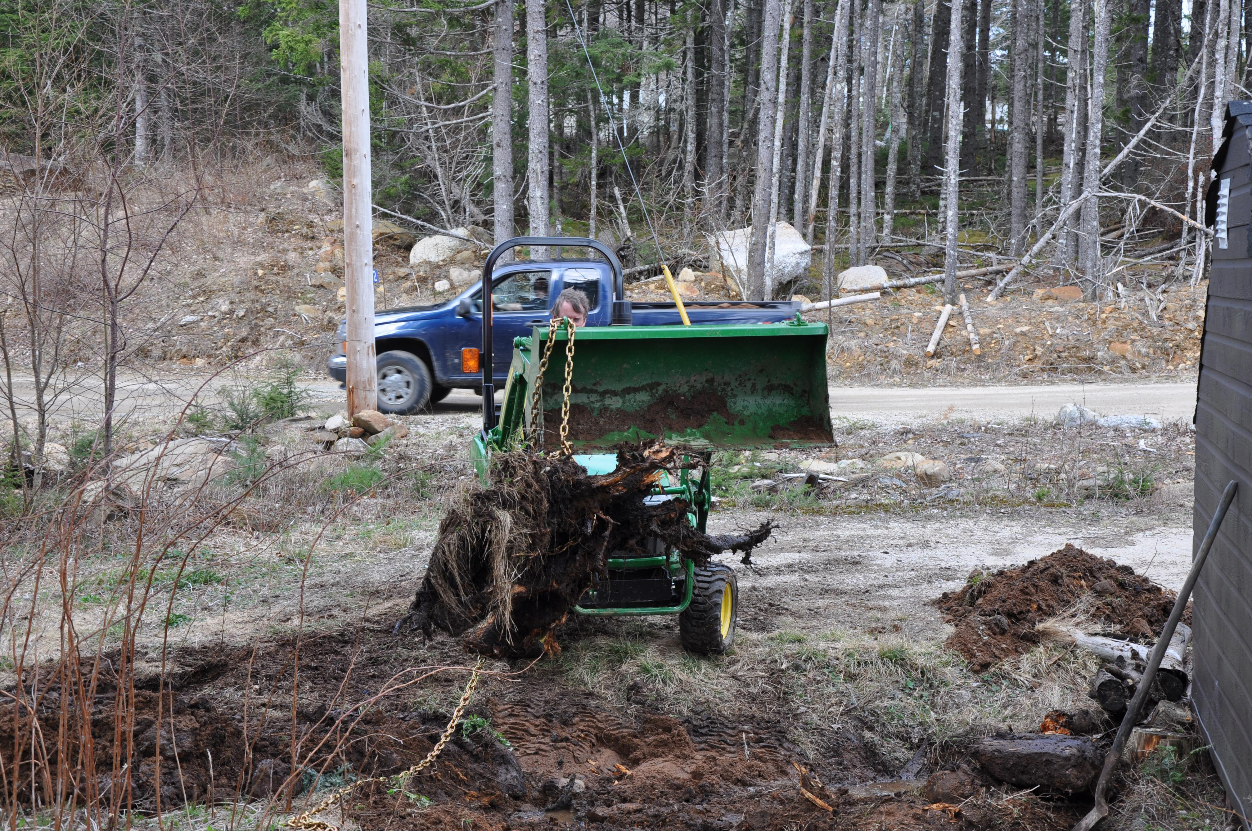 Click image for larger version.  Name:Tractor-Stump (5).jpg Views:19 Size:2.03 MB ID:2833