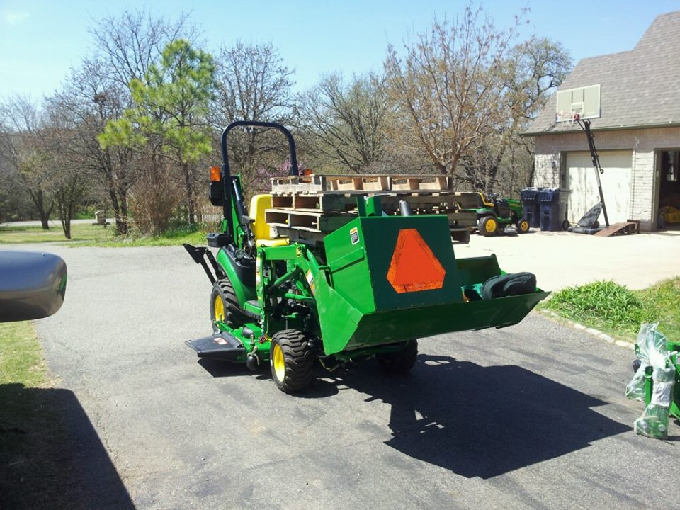 Click image for larger version.  Name:Tractor7.jpg Views:114 Size:145.9 KB ID:27088