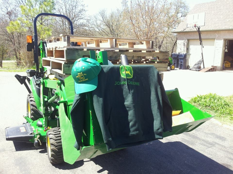 Click image for larger version.  Name:Tractor8.jpg Views:116 Size:128.8 KB ID:27089