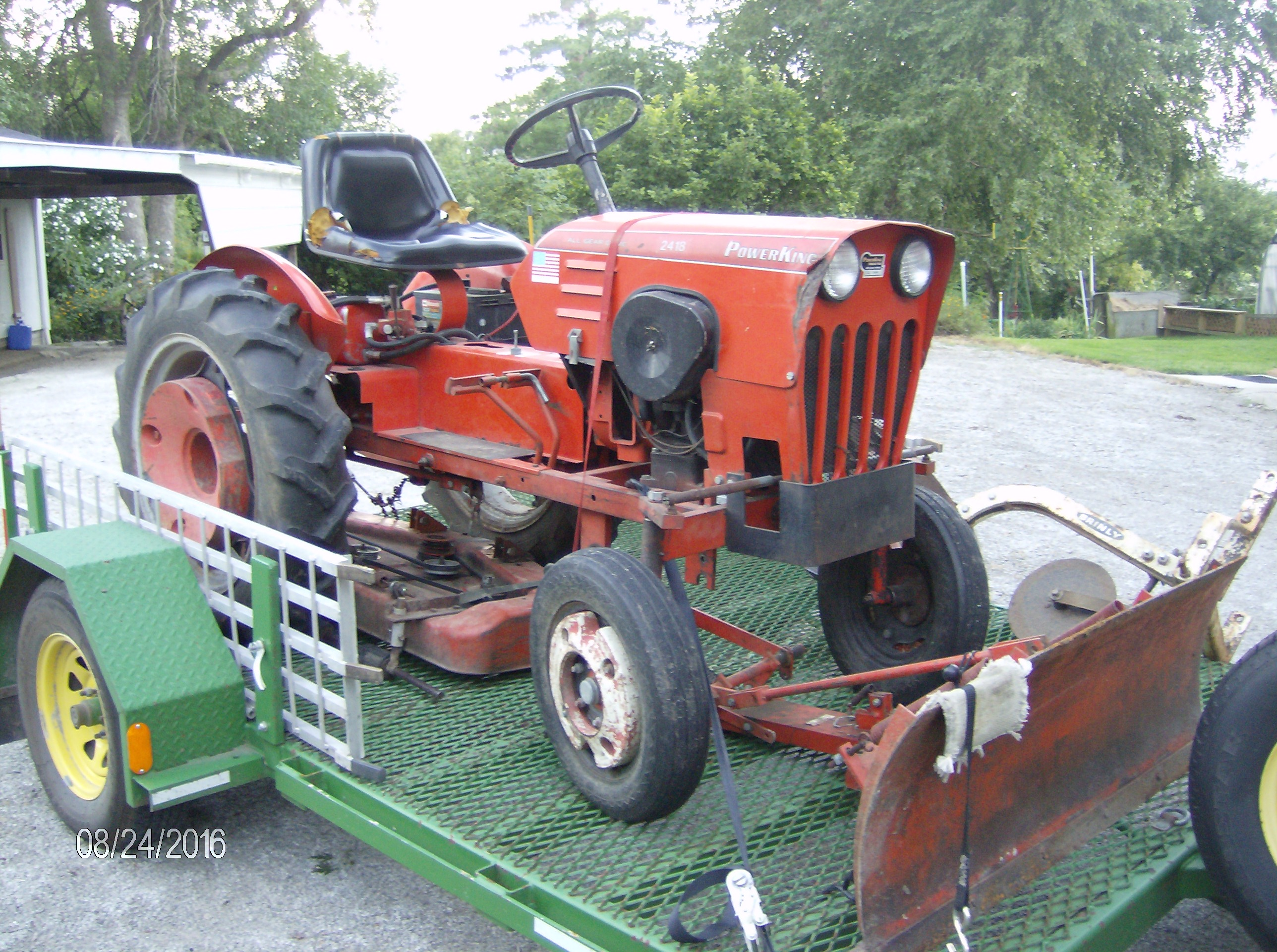 Click image for larger version.  Name:Tractors 2016 046.JPG Views:36 Size:1.24 MB ID:228994