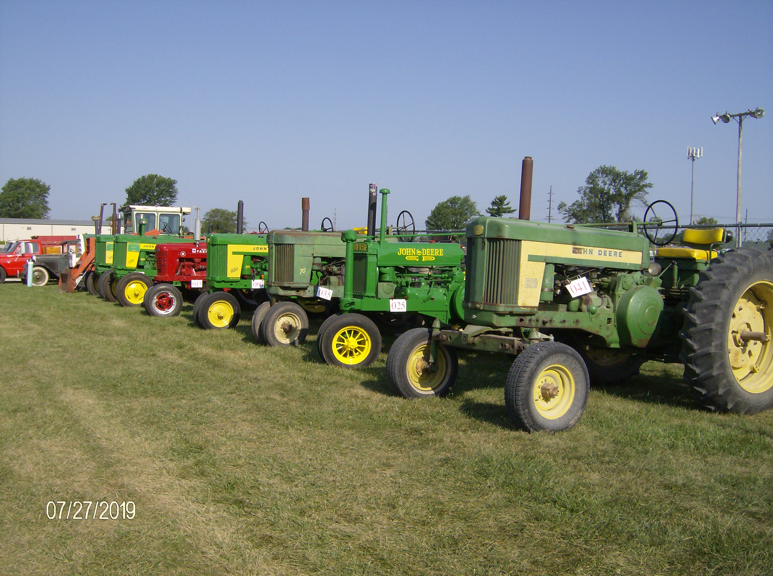 Click image for larger version.  Name:Tractors 2019 058.JPG Views:9 Size:1.12 MB ID:697350