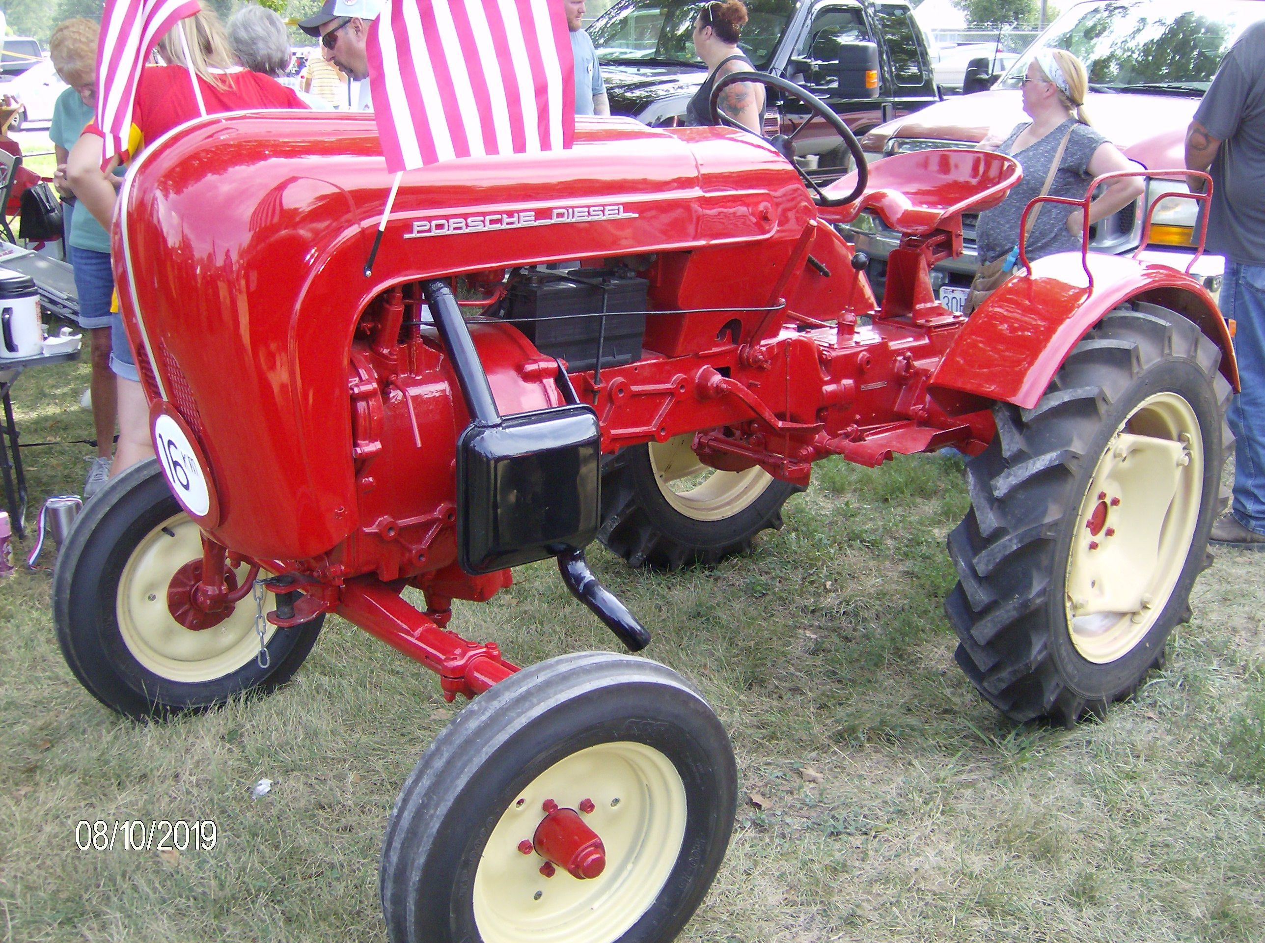Click image for larger version.  Name:Tractors 2019 086.JPG Views:5 Size:1.30 MB ID:699144