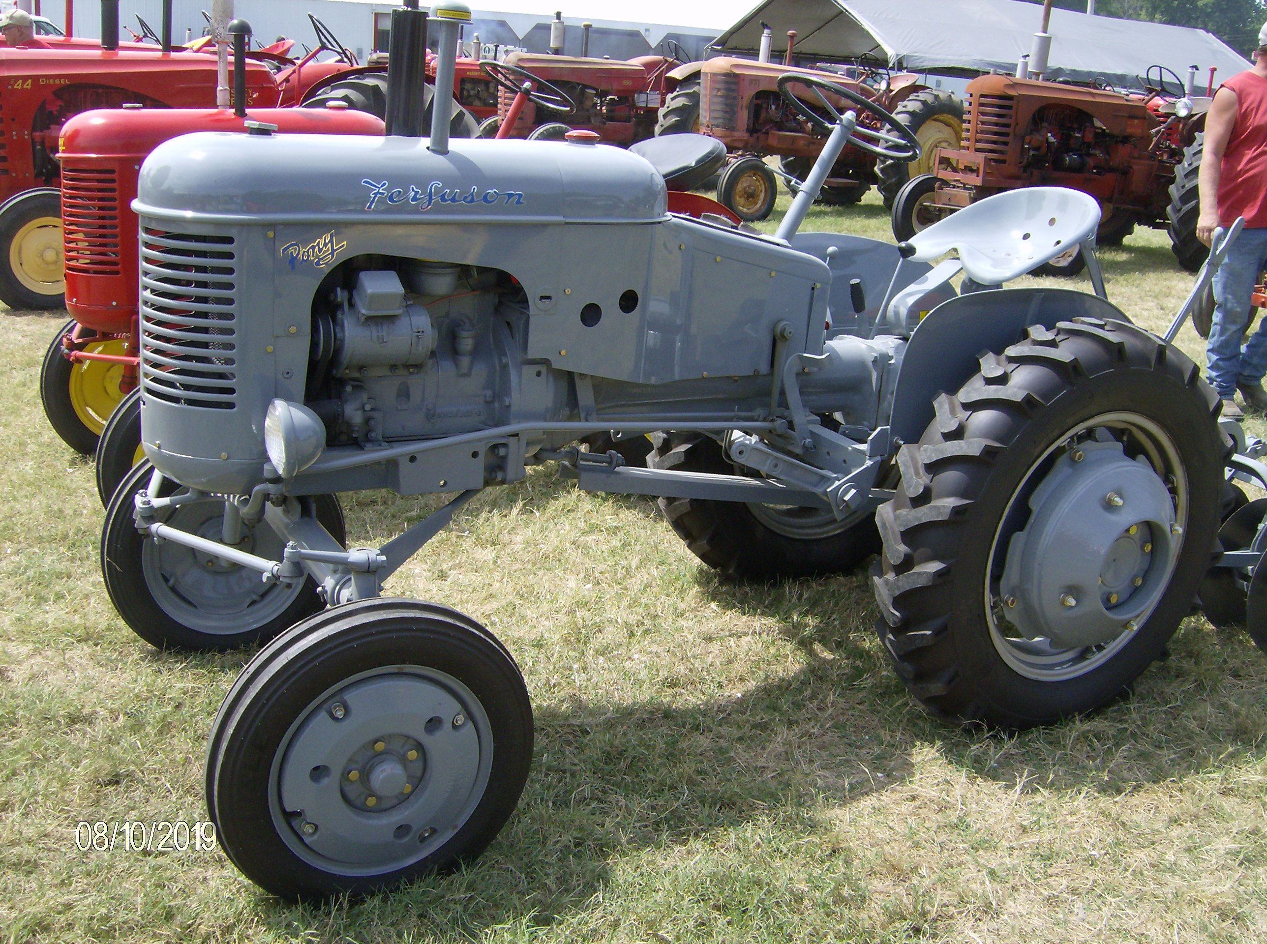 Click image for larger version.  Name:Tractors 2019 087.JPG Views:5 Size:1.23 MB ID:699136