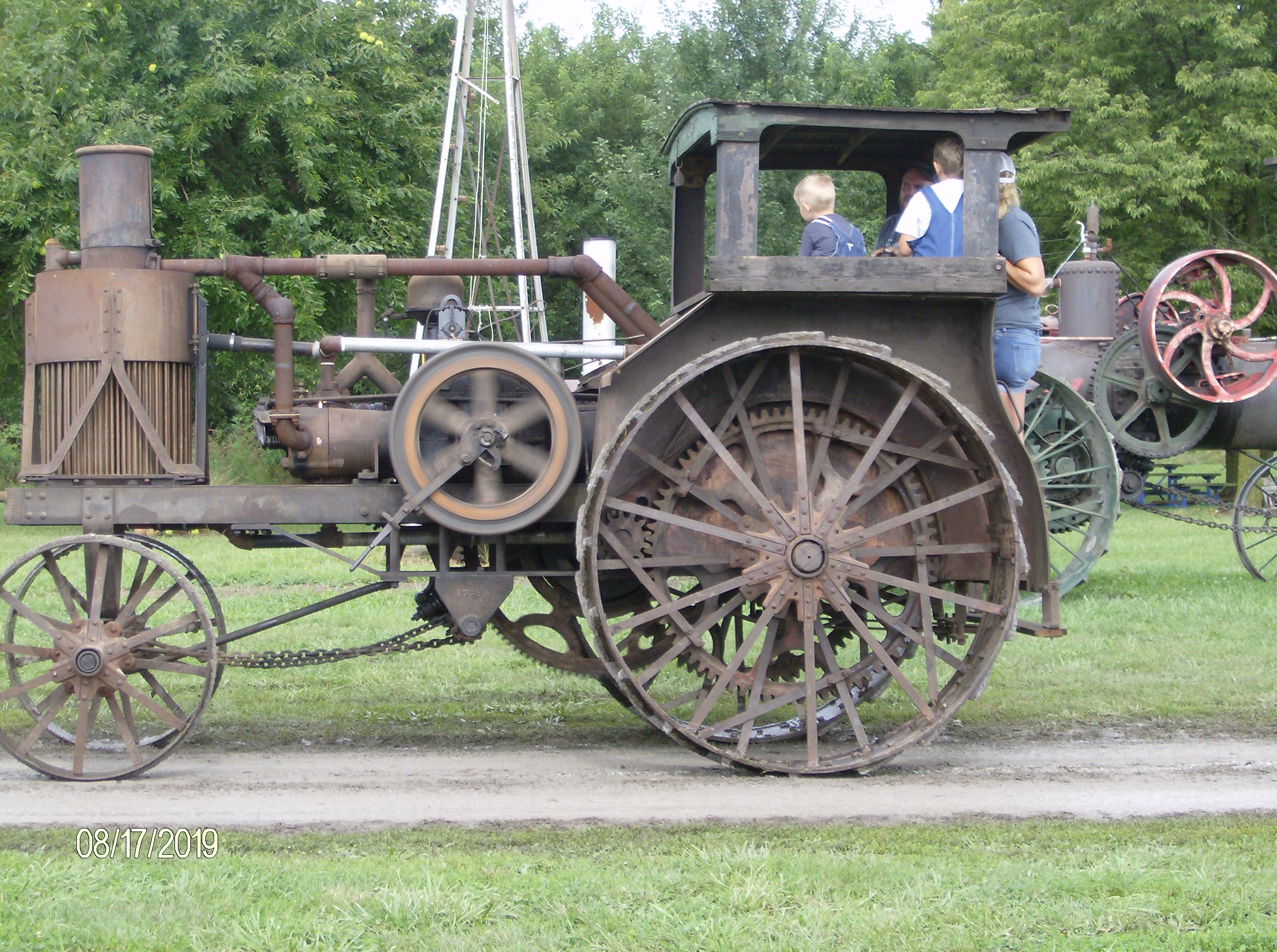 Click image for larger version.  Name:Tractors 2019 103.JPG Views:4 Size:1.21 MB ID:700326