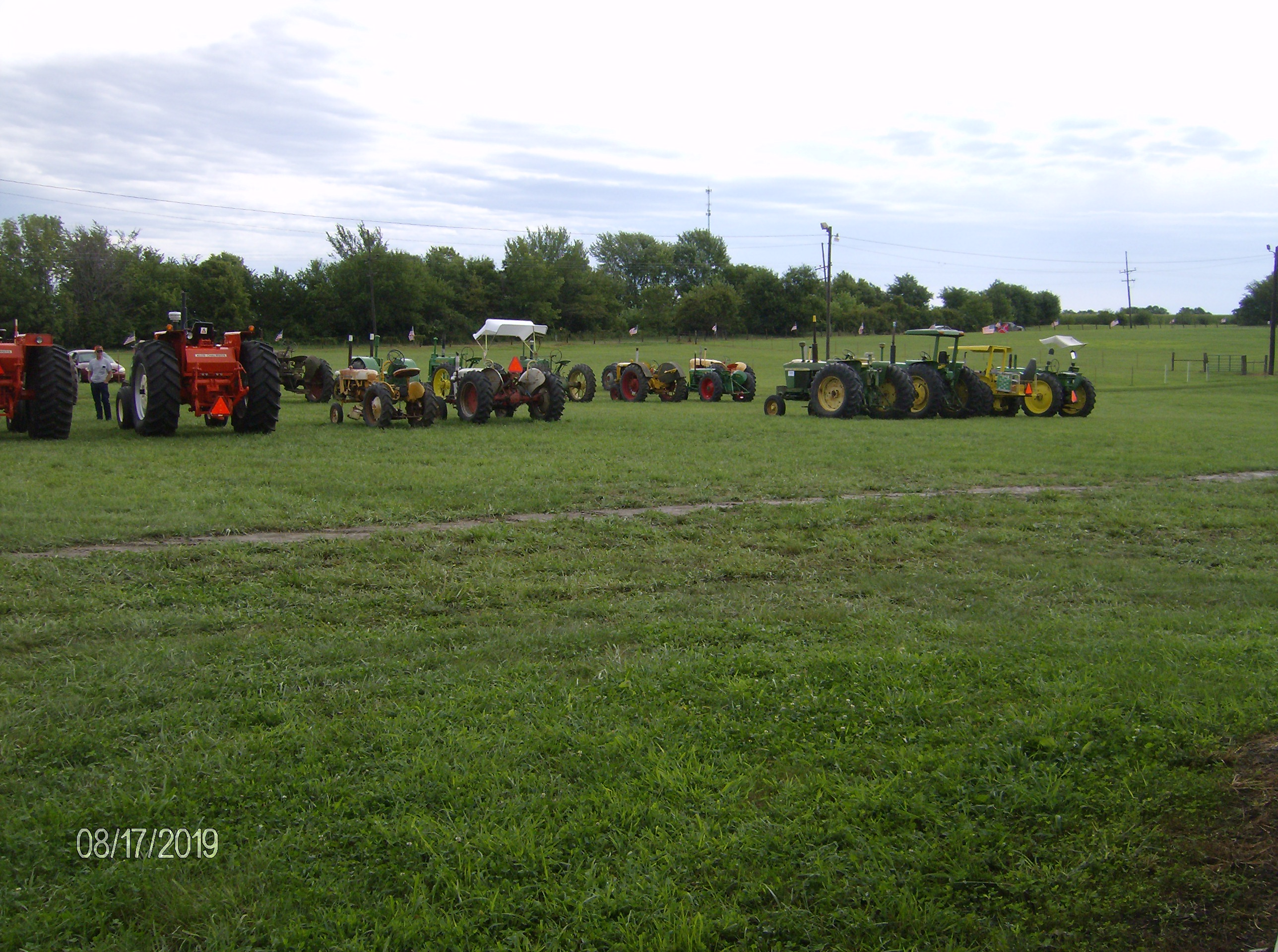 Click image for larger version.  Name:Tractors 2019 104.JPG Views:6 Size:1.30 MB ID:700312