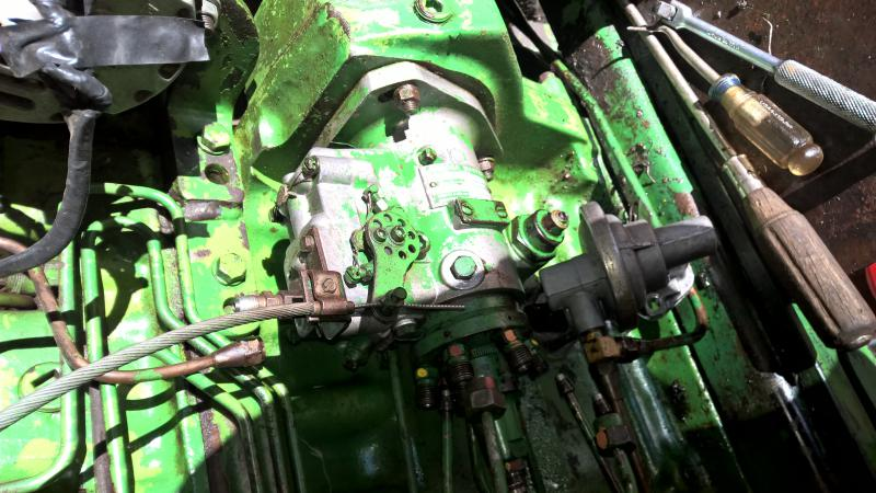 4230 injector pump removal